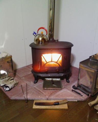 薪ストーブ炉台のカット